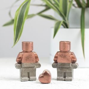 Concrete Robot Couple And Heart - home accessories