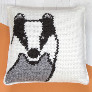 Badger Cushion Crochet Craft Kit