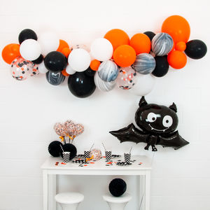 Halloween Glam Diy Crazy Balloon Garland