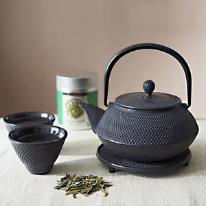 Tetsubin Cast Iron Teapot Set With Cups And Tea - teapots