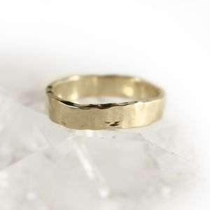 5mm Flat Profile 18ct Gold 'Ardyne' Ring