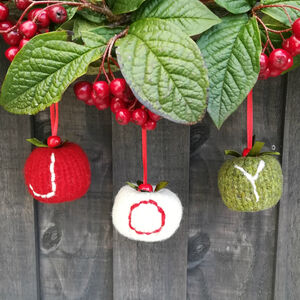 Joy Christmas Bauble Set