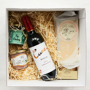 Classic Mum's Back Wine Gift Box - hampers