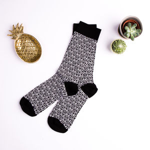 Arrow Pattern Socks - socks