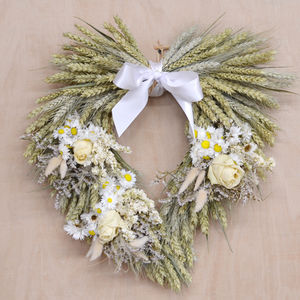 White Heart Wheat Wreath - room decorations