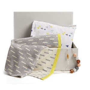 Grellow New Baby Gift Bundle