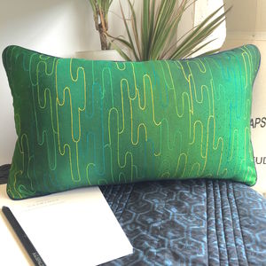 Stylish Vintage Silk Abstract Cushion Cover With Insert