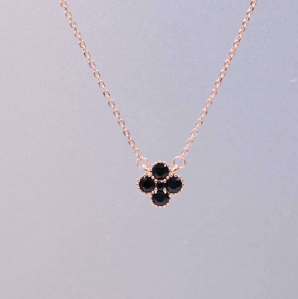 eight lucky charm jewellery products silver clover necklace one leaf