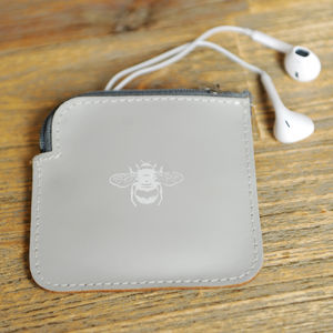 Undercover Leather Bee Ear Pod Pouch