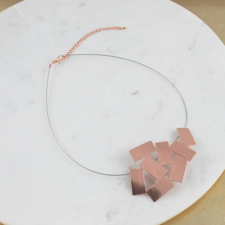 Geometric Pattern Necklace
