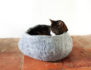 Cat Bed Basket - cat beds