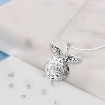 Angel wings treasure ball necklace