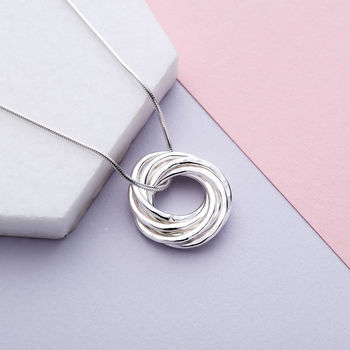 Six Interlinked Rings Necklace