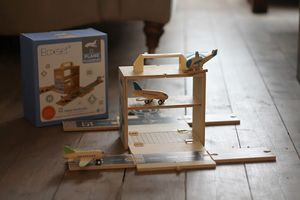 Wooden Airport Playset - play scenes & sets