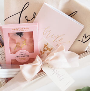 Bride To Be Luxury Gift Box - wedding wedmin