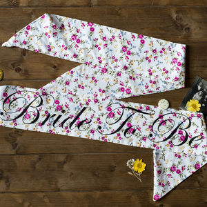 Luxury Personalised Pink Spray Floral Hen Party Sash