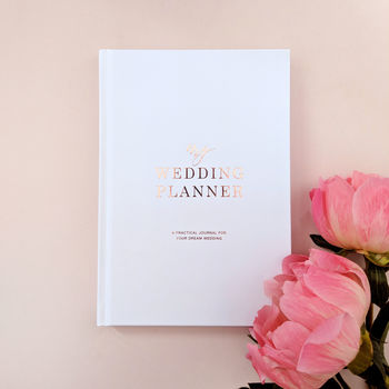 Wedding planner book for engaged couple