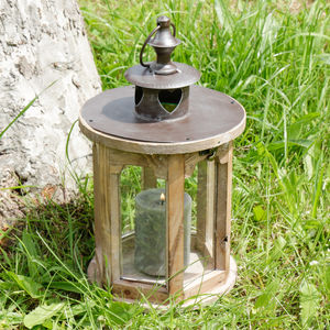 Round Wooden Heart Candle Lantern
