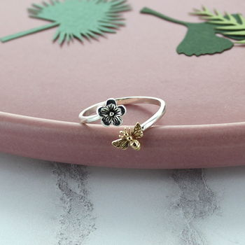 Sterling Silver Bee And Flower Ring