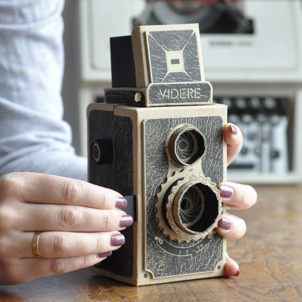 Build Your Own 35mm Pinhole Camera