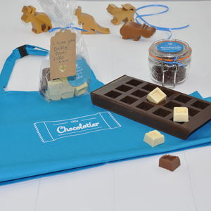 Mum And Son/Daughter Make Personalised Chocs For Dad - make your own kits