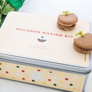 Christmas Cinnamon Macaron Making Kit - baking kits