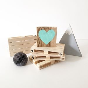Reclaimed Wood Mini Heart Block