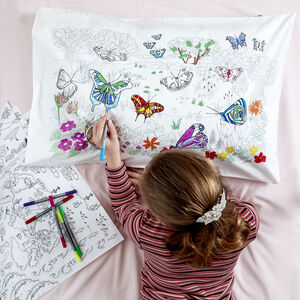Butterfly Pillowcase Kit + 10 Pens, Colour And Learn