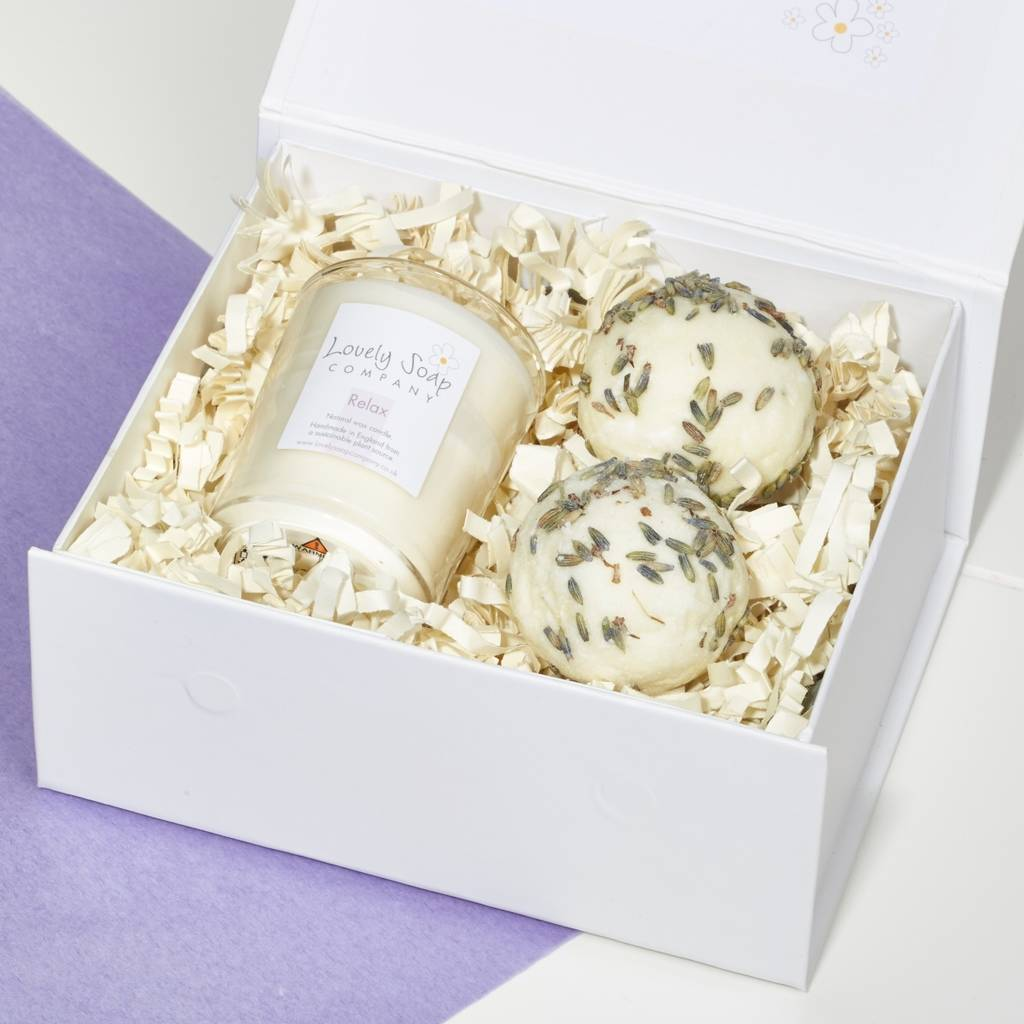 Bathtime Pamper Gift Set in Relax Scent