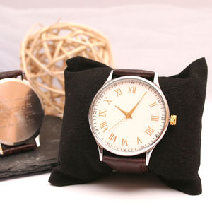 Engraved Men's Wrist Watch With Quartz Movement