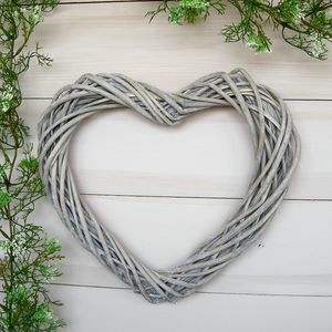 Whitewashed Heart Willow Wreath - decorative accessories