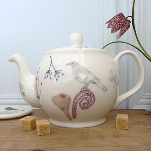 Blackbird And Toadstool Four Cup Teapot