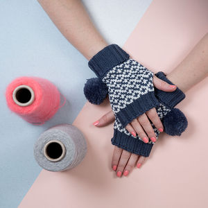 Navy Graphic Fingerless
