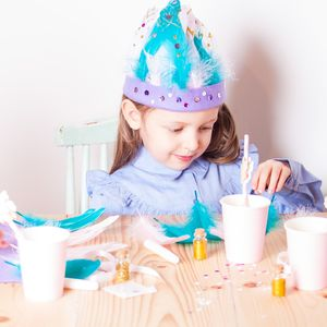 Create Your Own Feather Headdress Party Craft Kit
