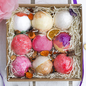 Nine Rituals Bath Bomb Gift Set - washing & bathing