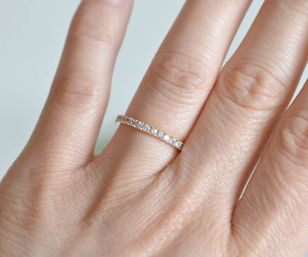 a17b091144f0e full eternity ring with colourless sapphires by huiyi tan ...