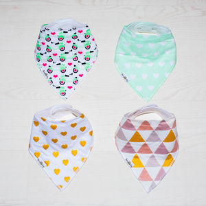 All That Glitters Bandana Bib Gift Set - new in baby & child