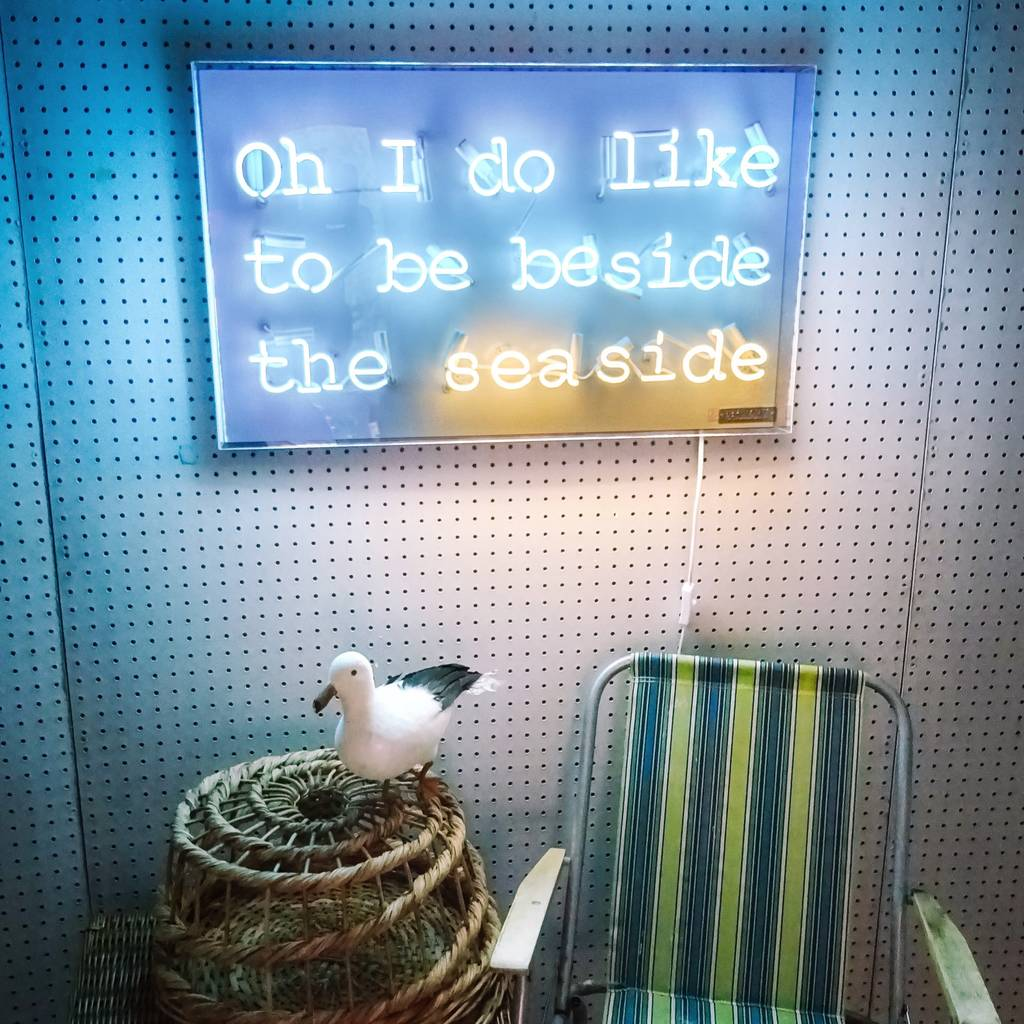 'Oh I Do' Seaside Typographic Neon Sign