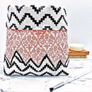 Make Up Holder In Chevron