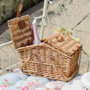 Personalised Classic English Picnic Hamper