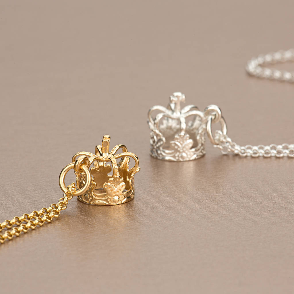 pendant products silver momocreatura sv necklace skull yg abce gold queen crown