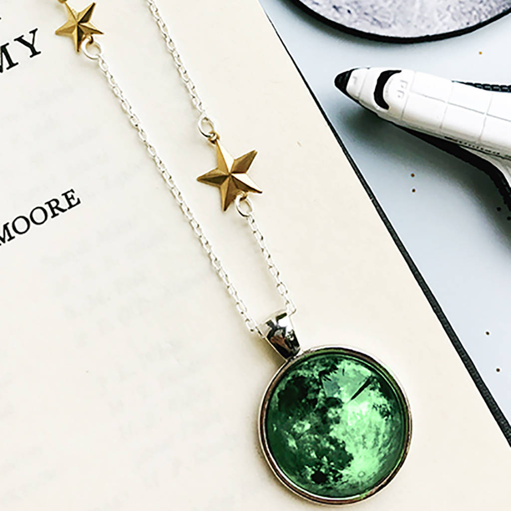 boutique star and moon en happiness gold pendant necklace necklaces