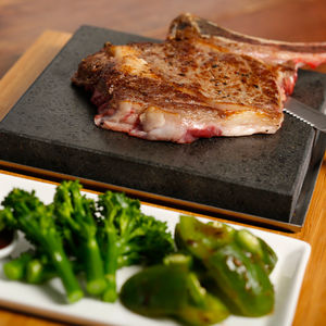 The Sizzling Steak Plate Set Perfect For Foodies