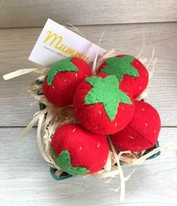 Pretend Play Felt Strawberries - pretend play & dressing up