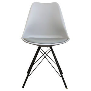 Light Grey Copenhagen Chair With Black Metal Legs