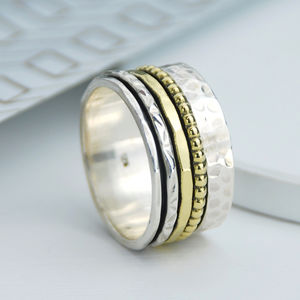 Jada Spinning Ring