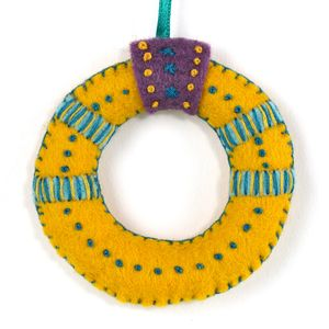 12 Days Of Christmas Gold Ring Felt Mini Kit - sewing & knitting