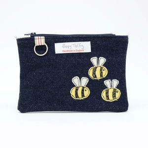 Busy Bee Flat Embroidered Purse With Keyring