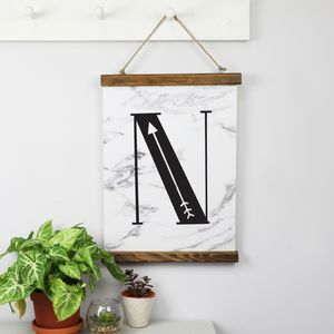 Small Wooden Magnetic Hanging Print Frame
