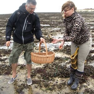 Foraging Experience With Gourmet Feast For Two - outdoor experiences